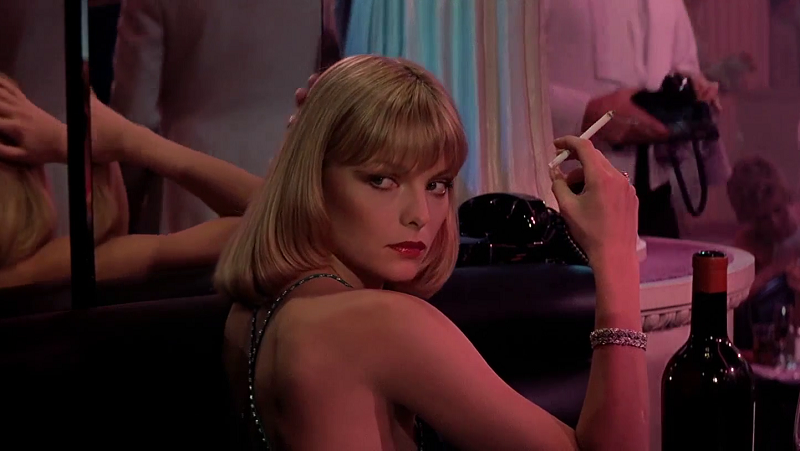Style-in-film-Michelle-Pfeiffer-in-Scarface