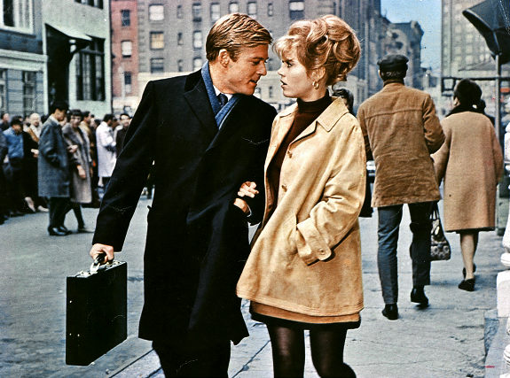 BAREFOOT IN THE PARK, BAREFOOT IN THE PARK US 1967 ROBERT REDFORD JANE FONDA Date 1967. Photo by: Mary Evans/PARAMOUNT PICTURE/Ronald Grant/Everett Collection(10301129)   Original Filename: HTRA112_VV230_H.JPG