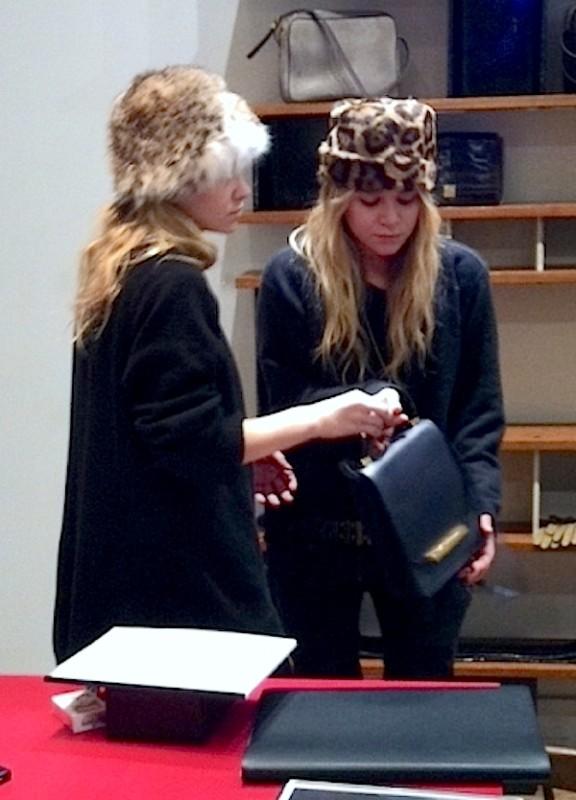 Olsens-Anonymous-Blog-Style-Fashion-Get-The-Look-Mary-Kate-Ashley-Olsen-Fur-Hats-Leopard-Print-Animal-Long-Wavy-Hair-The-Row-2011-Presentation