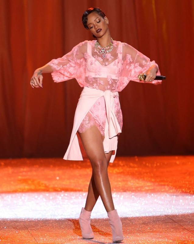 Rihanna in pink