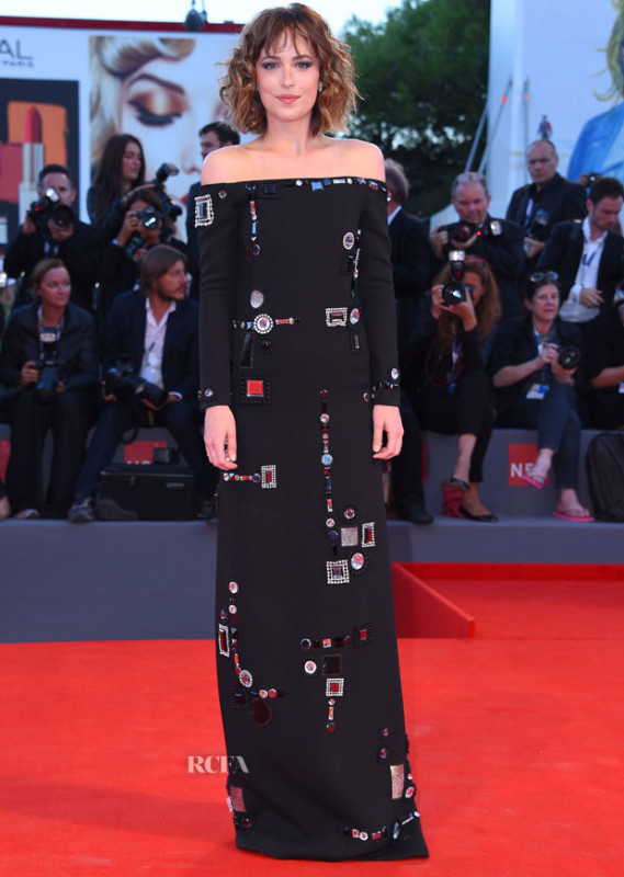 51843190 Celebrities attend the 'A Bigger Splash' premiere during the 72nd Venice Film Festival at on September 6, 2015 in Venice, Italy. Celebrities attend the 'A Bigger Splash' premiere during the 72nd Venice Film Festival at on September 6, 2015 in Venice, Italy. Pictured: Dakota Johnson FameFlynet, Inc - Beverly Hills, CA, USA - +1 (818) 307-4813 RESTRICTIONS APPLY: USA/AUSTRALIA ONLY