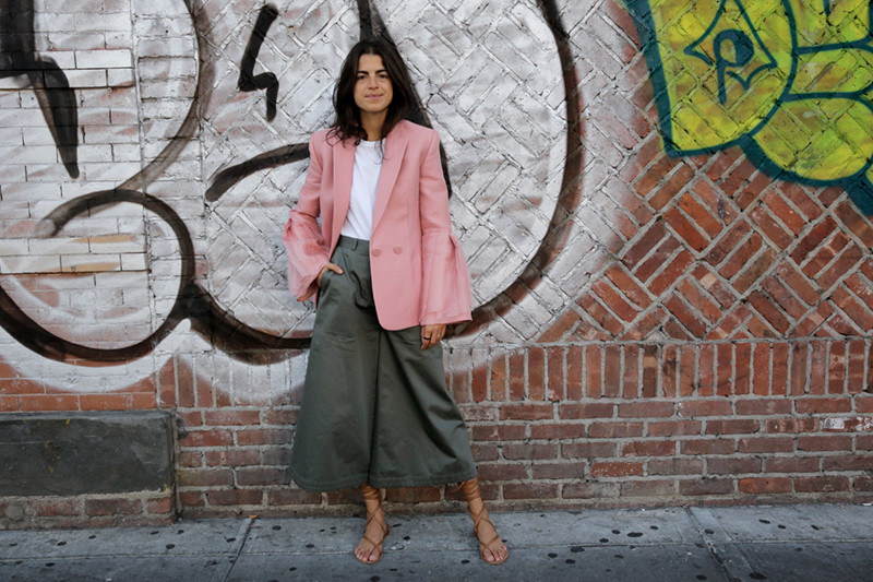 Man-Repeller-Sandals-in-Autumn-Style-Inspiration-25