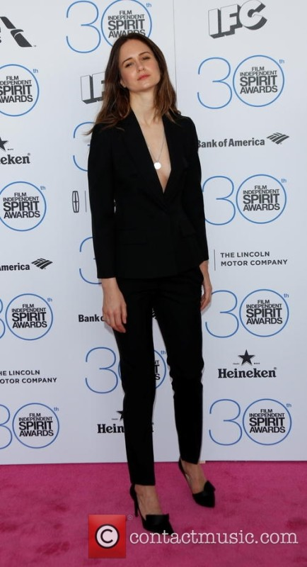 katherine-waterston-2015-film-independent-spirit-awards-_4598400