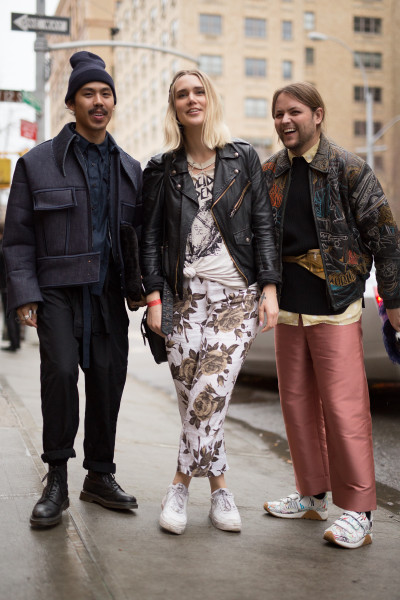 Fashion_Week_Streetstyle_nyfwsts_moc_0216_121_hr-400x600