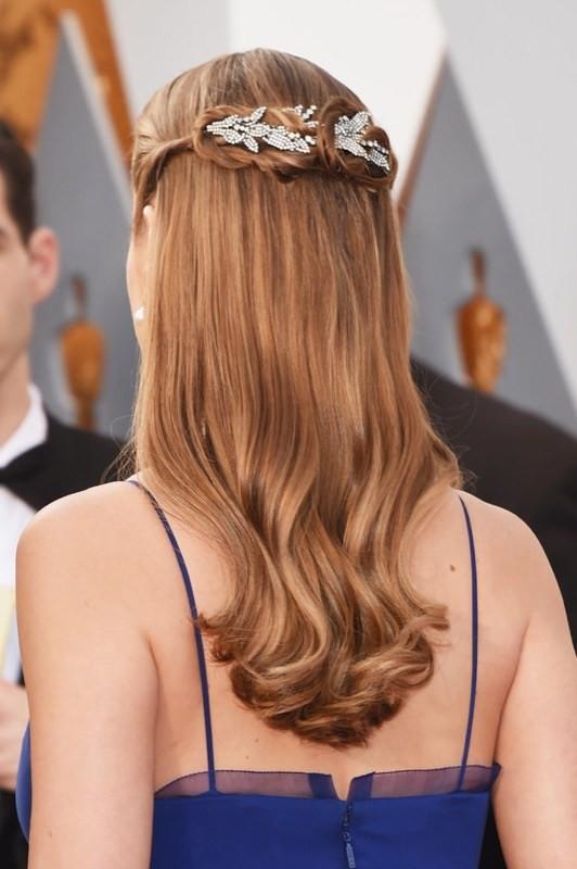 ClioMakeUp-oscar-2016-look-trucco-make-up-abiti-vestiti-capelli-Brie-Larson-fermaglio