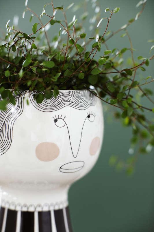 Flower-Me-Happy-Pot-by-Meyer-Lavigne-3