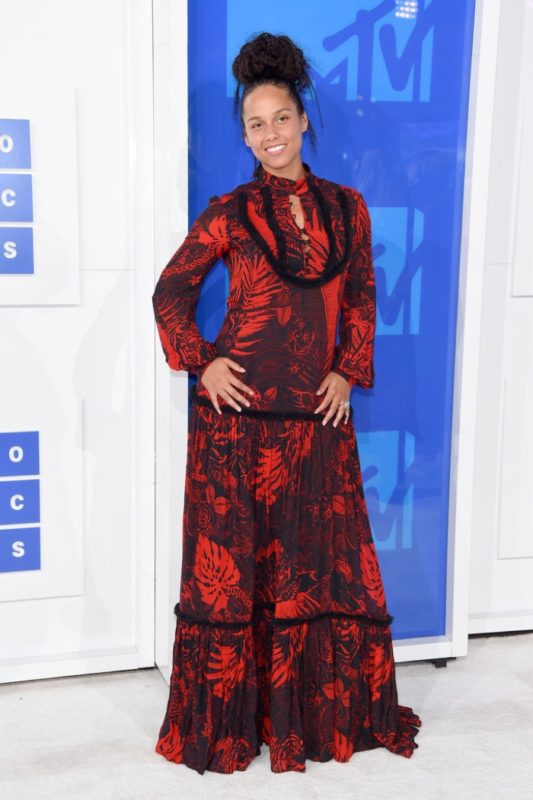 Alicia-Keys-Red-Dress-2016-MTV-VMAs