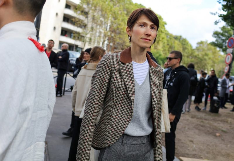 34-paris-street-style-spring-2017-phil-oh-day-5