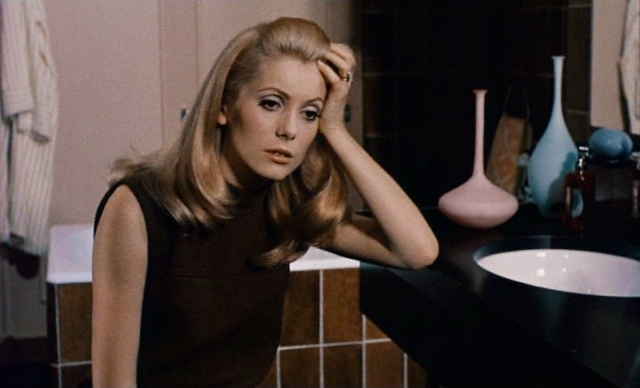 catherine-deneuve-belle-de-jour-brown-leather-shift-2