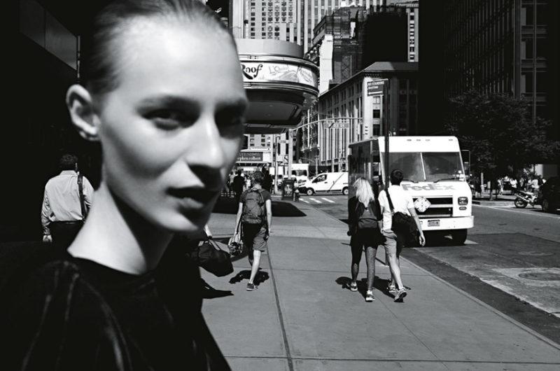 vogue-australia-december-2016-julia-nobis-by-daniel-jackson-8