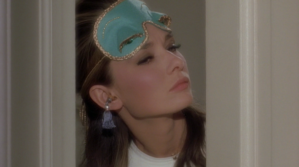 Audrey-Hepburns-style-in-Breakfast-at-Tiffanys-3-e1377583035173