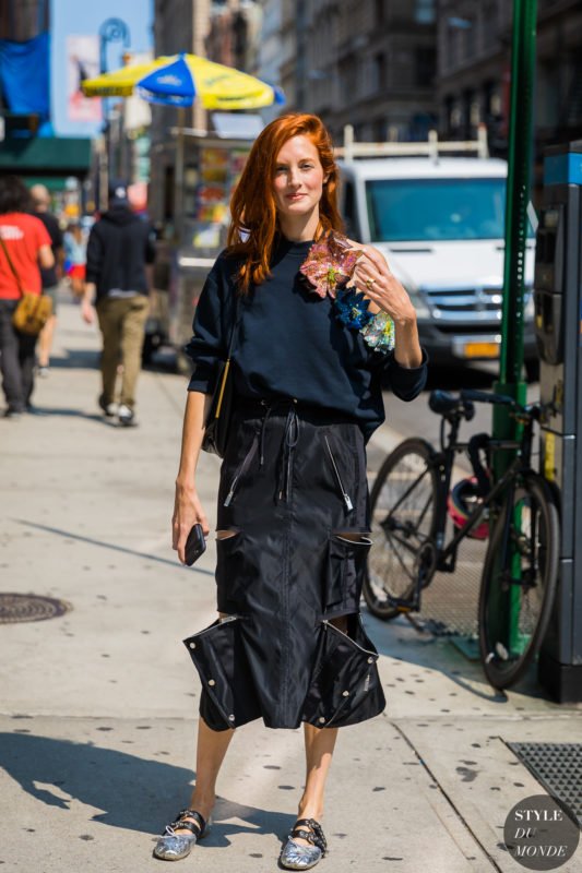 Taylor-Tomasi-Hill-by-STYLEDUMONDE-Street-Style-Fashion-Photography_48A8324-700x1050@2x