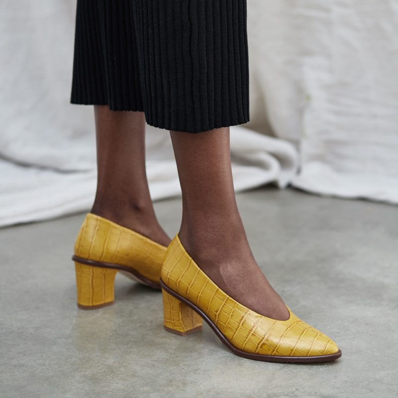 bernadette-mimosa-croc-leather-mid-heels10