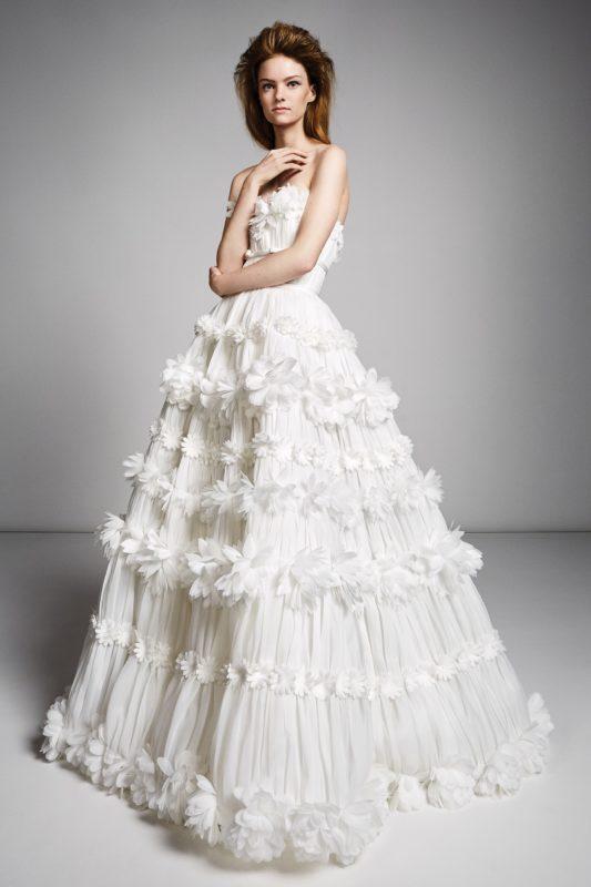 00017-viktor-rolf-fall-2019-bridal