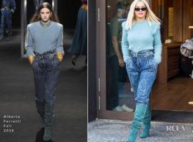 Ti vesti veramente male: Rita Ora