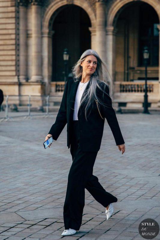 paris-fw-2019-street-style-sarah-harris-style-du-monde__aHR0cHM6Ly93d3cuc3R5bGVkdW1vbmRlLmNvbS93cC1jb250ZW50L3VwbG9hZHMvMjAxOS8wMy9TYXJhaC1IYXJyaXMtYnktU1RZTEVEVU1PTkRFLVN0cm